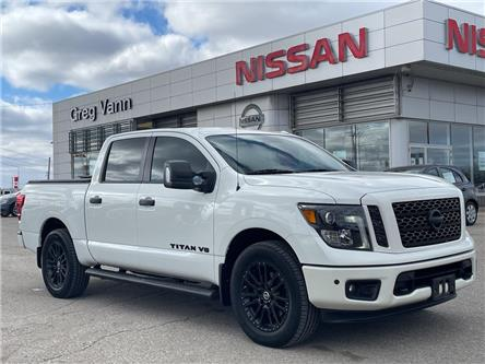 2018 Nissan Titan SV Midnight Edition (Stk: P2796) in Cambridge - Image 1 of 28