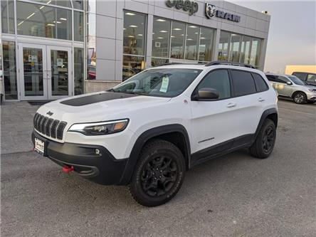 2019 Jeep Cherokee Trailhawk (Stk: U447565-OC) in Orangeville - Image 1 of 21