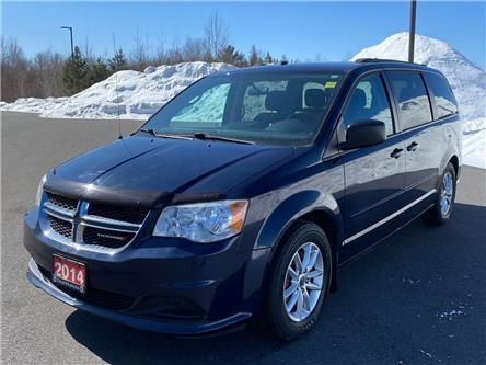 2014 Dodge Grand Caravan SE/SXT (Stk: 2103051) in Waterloo - Image 1 of 2