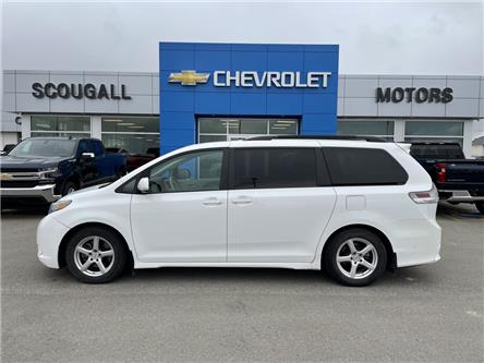 2011 Toyota Sienna SE 8 Passenger (Stk: 225445) in Fort MacLeod - Image 1 of 16