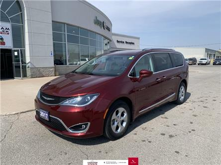 2017 Chrysler Pacifica Touring-L Plus (Stk: N05029A) in Chatham - Image 1 of 27