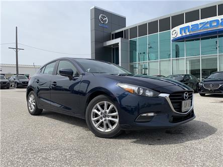 2018 Mazda Mazda3 Sport GS (Stk: UM2602) in Chatham - Image 1 of 21