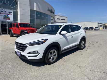 2017 Hyundai Tucson  (Stk: U04760) in Chatham - Image 1 of 16