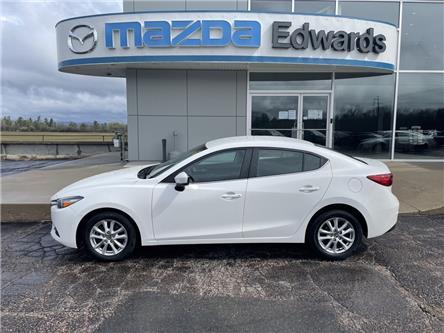 2018 Mazda Mazda3 GS (Stk: 22633) in Pembroke - Image 1 of 15