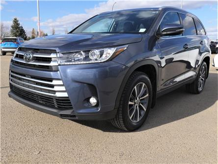 2018 Toyota Highlander XLE (Stk: HIM105A) in Lloydminster - Image 1 of 18