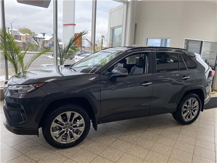 2021 Toyota RAV4 Limited (Stk: RA3702) in Niagara Falls - Image 1 of 15