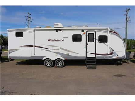 2014 Cruiser RV Radiance R-28 QBSS (Stk: MP087) in Rocky Mountain House - Image 1 of 20