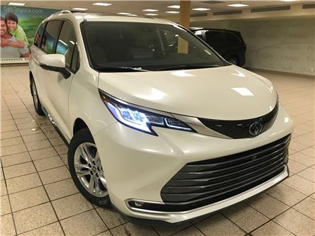 2021 Toyota Sienna Limited 7-Passenger (Stk: 211121) in Calgary - Image 1 of 24