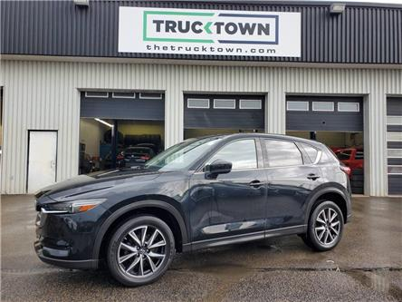 2017 Mazda CX-5 GT (Stk: T0432) in Smiths Falls - Image 1 of 23