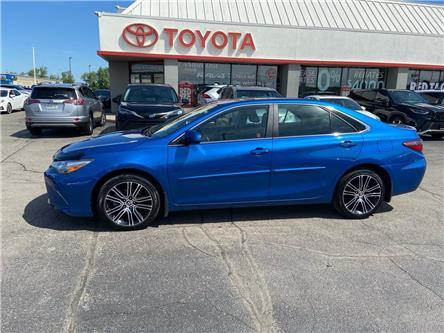 2016 Toyota Camry  (Stk: 2106851) in Cambridge - Image 1 of 19