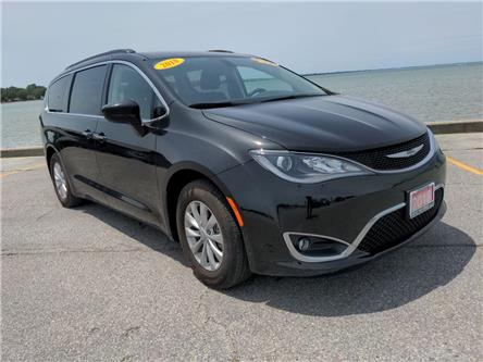 2018 Chrysler Pacifica Touring Plus (Stk: D0393) in Belle River - Image 1 of 16