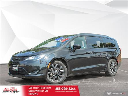 2019 Chrysler Pacifica Touring-L Plus (Stk: 61052) in Essex-Windsor - Image 1 of 30