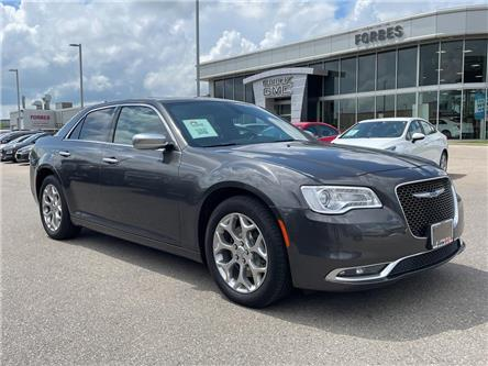 2017 Chrysler 300 C Platinum (Stk: 516764) in Waterloo - Image 1 of 29