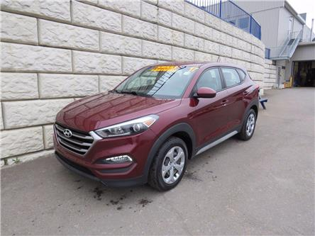 2017 Hyundai Tucson BASE, AWD, AC, Cruise and more (Stk: D20015A) in Fredericton - Image 1 of 17