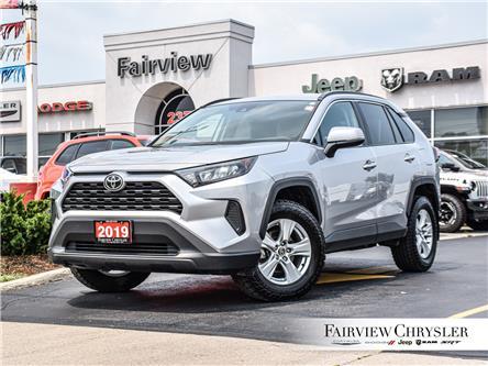 2019 Toyota RAV4 LE (Stk: U18765) in Burlington - Image 1 of 27