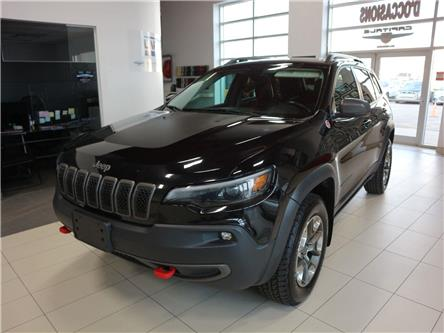 2019 Jeep Cherokee Trailhawk (Stk: 882) in Québec - Image 1 of 32