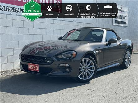 2017 Fiat 124 Spider Lusso (Stk: B11950A) in North Cranbrook - Image 1 of 18