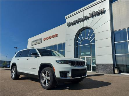2021 Jeep Grand Cherokee L Limited (Stk: AM101) in Olds - Image 1 of 27