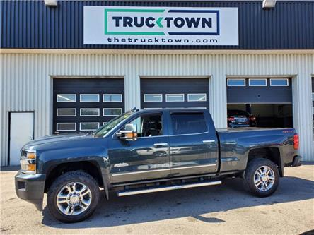 2019 Chevrolet Silverado 2500HD High Country (Stk: T0570) in Smiths Falls - Image 1 of 22