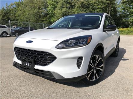 2021 Ford Escape SE (Stk: ES21693) in Barrie - Image 1 of 20