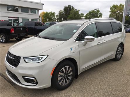 2021 Chrysler Pacifica Hybrid Limited (Stk: 21PA7237) in Devon - Image 1 of 15