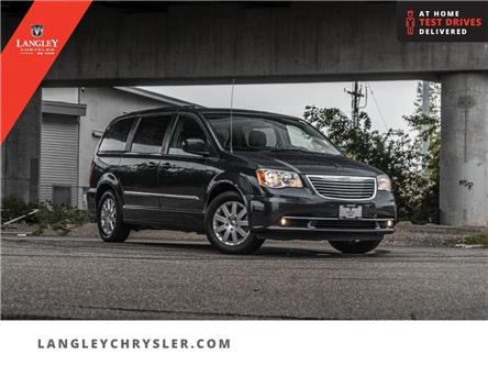 2013 Chrysler Town & Country Touring (Stk: LC0730C) in Surrey - Image 1 of 22