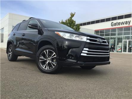 2019 Toyota Highlander LE (Stk: 37140A) in Edmonton - Image 1 of 28