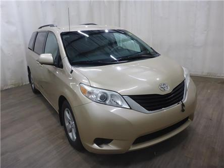 2011 Toyota Sienna LE 8 Passenger (Stk: 21090819) in Calgary - Image 1 of 30