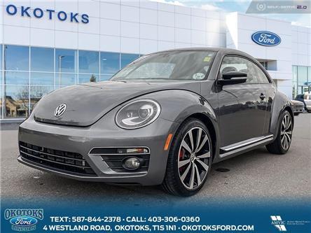 2015 Volkswagen Beetle 2.0 TSI Sportline (Stk: B84224) in Okotoks - Image 1 of 24