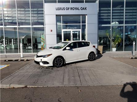 2017 Toyota Corolla iM Base (Stk: L21580A) in Calgary - Image 1 of 16