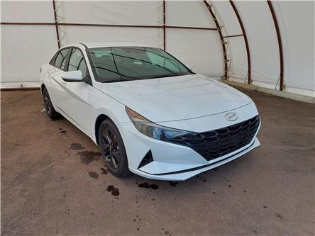 2022 Hyundai Elantra Preferred (Stk: 17771) in Thunder Bay - Image 1 of 18
