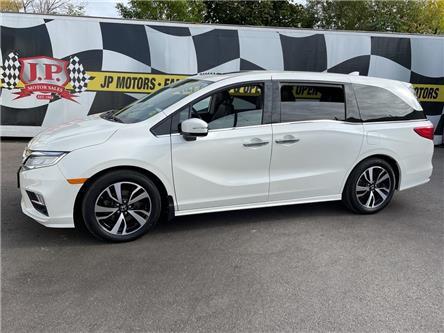 2018 Honda Odyssey Touring (Stk: 51537) in Burlington - Image 1 of 28
