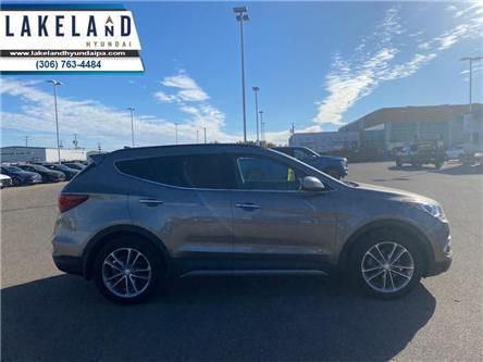 2018 Hyundai Santa Fe Sport 2.0T SE (Stk: UT430) in Prince Albert - Image 1 of 21