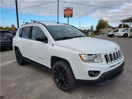 2013 Jeep Compass Sport/North (Stk: ) in Kemptville - Image 1 of 17