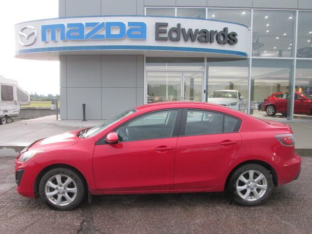 2011 Mazda Mazda3 GX (Stk: 19470) in Pembroke - Image 1 of 11