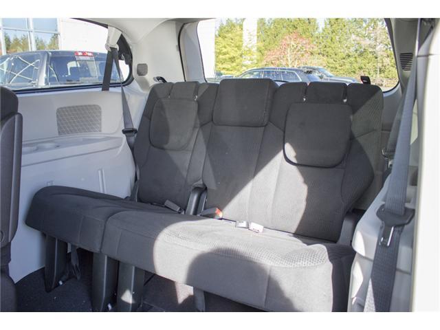 2017 Dodge Grand Caravan CVP/SXT (Stk: H555628) in Abbotsford - Image 11 of 26