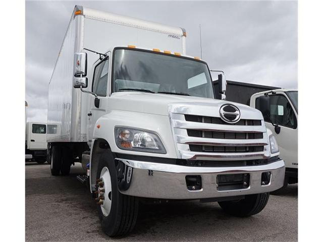 2018 Hino 338 w/26' Multivan Dry Van Body - (Stk: ST338) in Barrie - Image 2 of 6