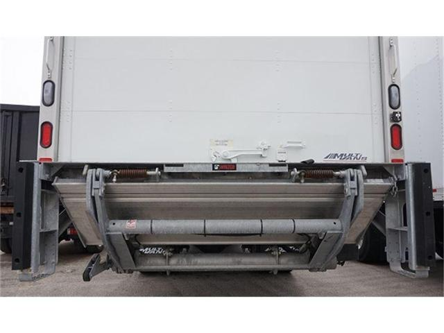 2018 Hino 338 w/26' Multivan Dry Van Body - (Stk: 338 STRAIGHT TRUCK) in Barrie - Image 5 of 6