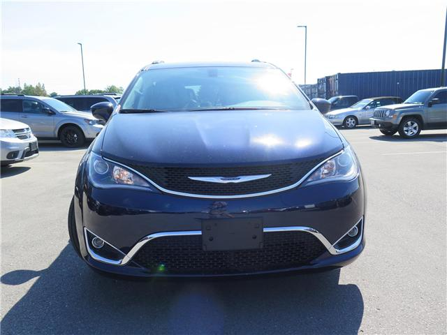 2017 Chrysler Pacifica Touring-L (Stk: 7058) in London - Image 2 of 22