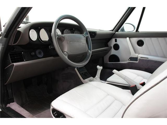 1992 Porsche 911 Carrera 2 Coupe (Stk: U6042) in Vaughan - Image 6 of 13