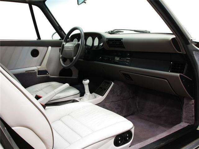 1992 Porsche 911 Carrera 2 Coupe (Stk: U6042) in Vaughan - Image 7 of 13