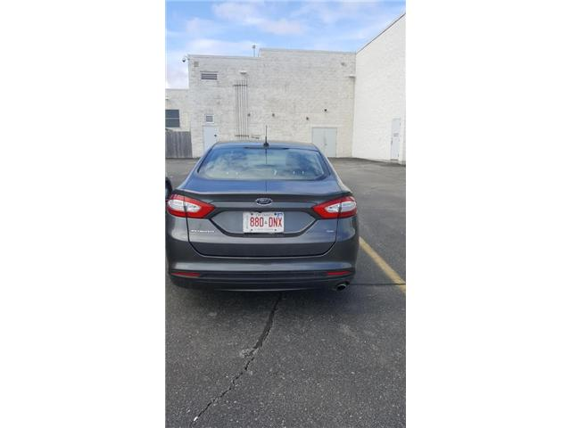 2015 Ford Fusion SE (Stk: 308879) in Burlington - Image 2 of 4