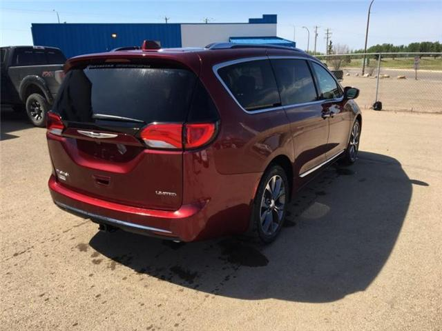 2017 Chrysler Pacifica Limited (Stk: QT053) in  - Image 6 of 9