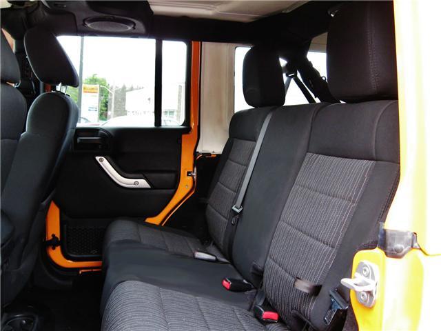 2012 Jeep Wrangler Unlimited Sahara (Stk: 1177) in Orangeville - Image 11 of 17