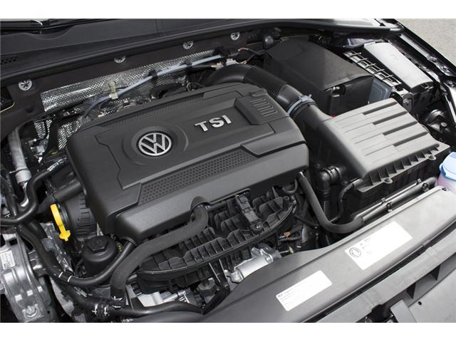 2017 Volkswagen Golf GTI 3-Door (Stk: HG041496) in Surrey - Image 9 of 29
