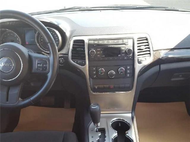 2011 Jeep Grand Cherokee Laredo (Stk: QT199A) in  - Image 6 of 7