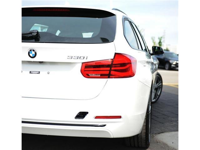 2018 BMW 330 i xDrive Touring (Stk: 8023877) in Brampton - Image 5 of 12