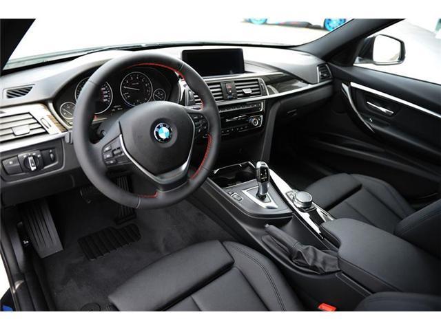 2018 BMW 330 i xDrive Touring (Stk: 8023877) in Brampton - Image 7 of 12