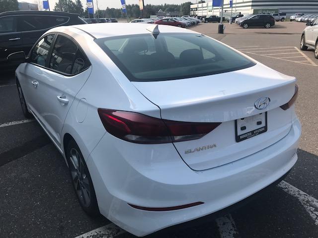 2017 Hyundai Elantra GLS (Stk: 13834D) in Thunder Bay - Image 2 of 17