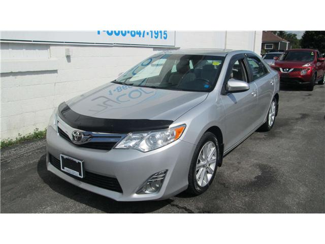 2013 Toyota Camry XLE V6 (Stk: 171115) in Richmond - Image 2 of 13
